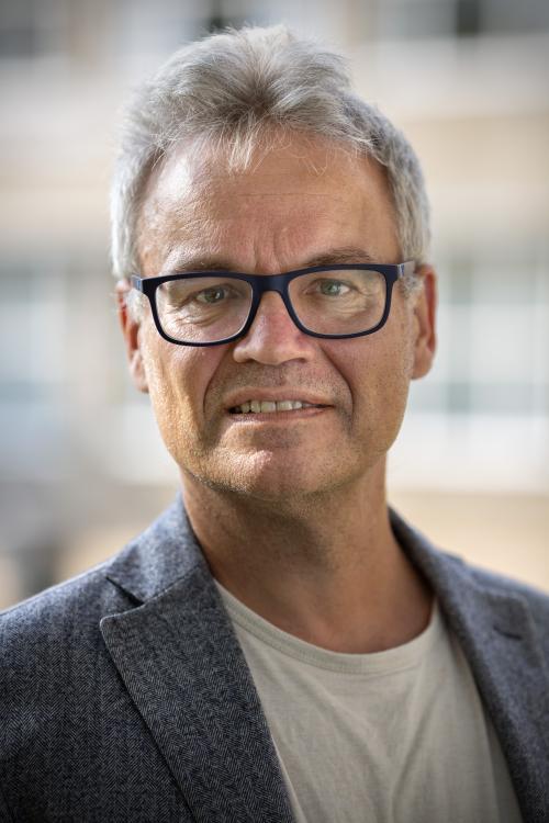 avatar for Kasper Lippert-Rasmussen